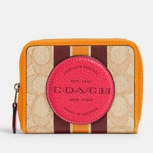 NWT COACH DEMPSEY SMALL ZIPAROUND WALLET